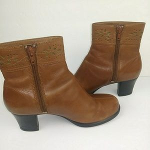 Clark's Booties with Heel Brown